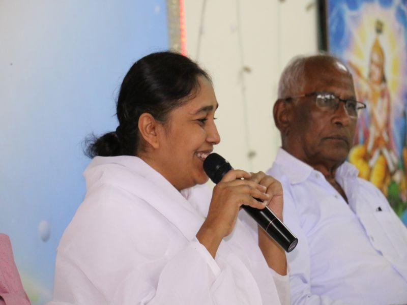 ब्रह्मा  कुमारीज  देगलूर में  इफ्तार  पार्टी  का आयोजन